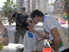 Folia com amor! Famosos beijam muito Brasil afora