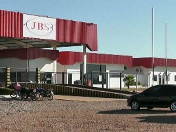 Unidade da JBS em Confresa (MT) deverá construir ciclovia até a empresa (Foto: Assessoria/TRT-MT)