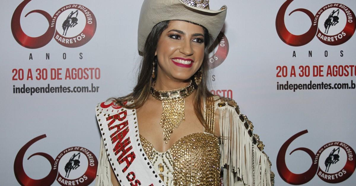 G1 - Rainha de Barretos quer  cair na noite  após cumprir agenda oficial na  festa - notícias em Festa do Peão de Barretos 2015 ae10106efda
