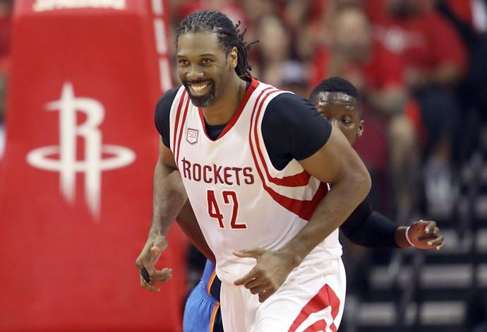 Nene Rockets x Thunder (Foto: Reuters)