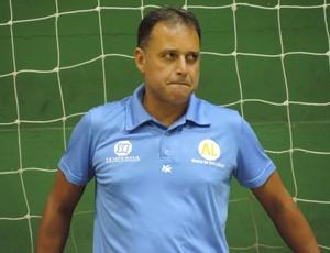 Cuti, técnico do futsal de Dracena (Foto: Murilo Rincon / GloboEsporte.com)