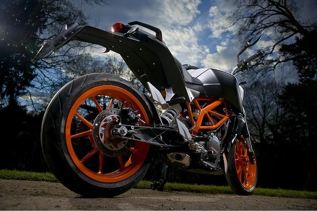 KTM Duke 390 (Foto: Divulgação)