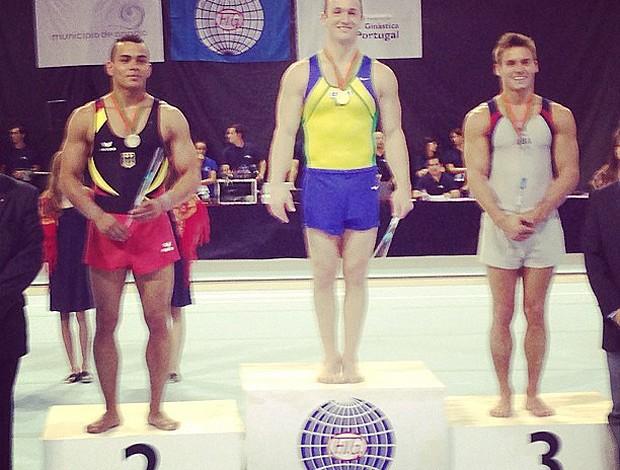 Diego Hypolito medalha de ouro na etapa de Portugal (Foto: Reprodução)