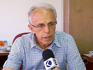 Secretário diz que Prefeitura e MP estão juntos para resolver problema (Foto: Reprodução/TV Integração)