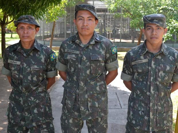 Soldados indígenas do 7º Batalhão de Infantaria de Selva de Roraima (Foto: Rodrigo Menaros / G1 RR)