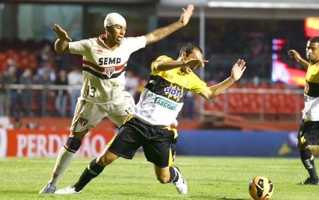Paulo Miranda São Paulo e Criciúma  (Foto: Luiz Pires / Vipcomm)