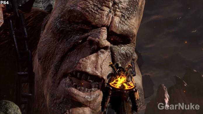 No PlayStation 4 as rugas do titã ficam mais detalhadas,assim como Kratos,mas por muito pouco (Foto:Reprodução/GearNuke)