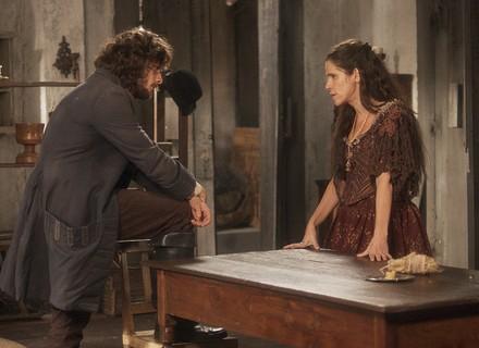 Joaquim e Elvira brigam pela guarda de Quinzinho