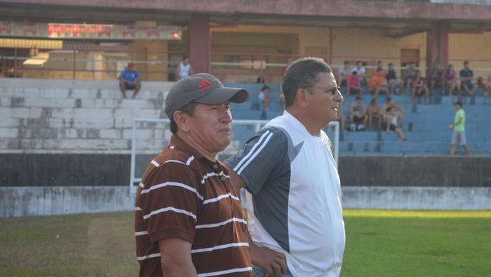 Filiba (à esquerda) treinou a Seleção Santarena pouco mais que uma semana. Lúcio Santarém (à direita) também foi cotado (Foto: Weldon Luciano/GloboEsporte.com)