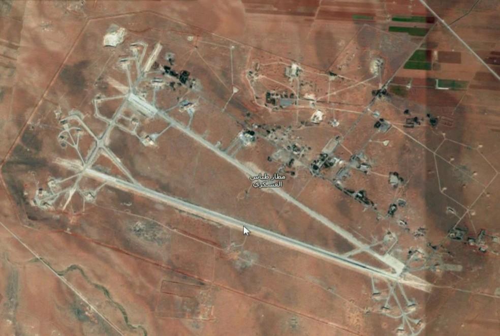 Estados Unidos atacam base militar na Síria/GNews (Foto: Reprodução GloboNews)