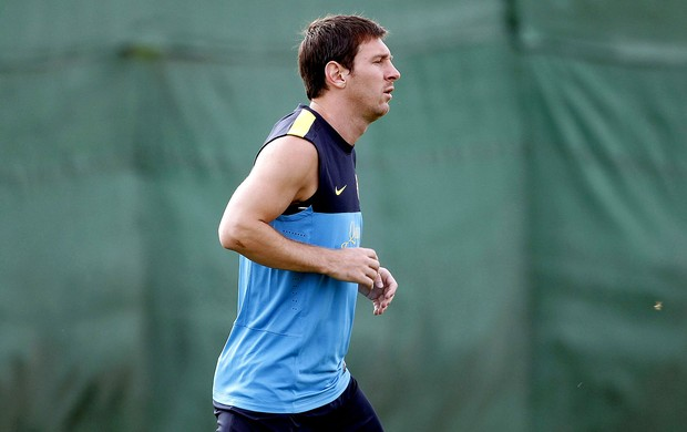Messi no treino do Barcelona (Foto: EFE)