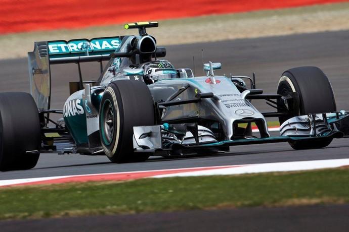 Nico Rosberg no treino classificat�rio para o GP da Inglaterra (Foto: Divulga��o)