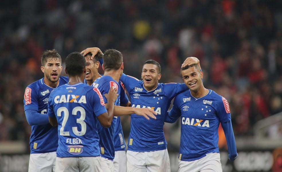 Atletico-PR x Cruzeiro (Foto: Agência Estado)