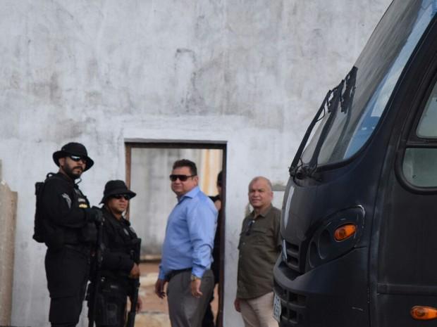 O titular da Sejuc, Wallber Virgolino, acompanhou a operação (Foto: Fred Carvalho/G1)