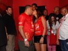 Famosos como Ronaldo Fenômeno e Fernanda Paes Leme beijam muito no carnaval