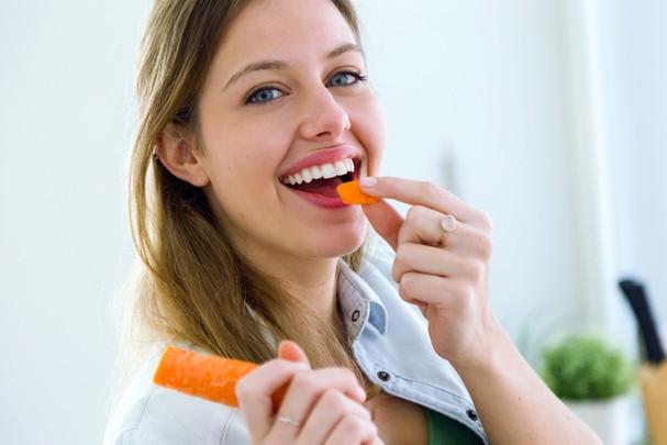 Dá pra conseguir a pele perfeita só com uma boa alimentação (Foto: ThinkStock)