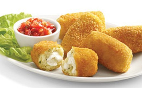 Croquete de batata com cream cheese