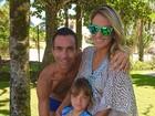 Ticiane Pinheiro posa com Rafaella Justus e César Tralli: 'Meus amores'