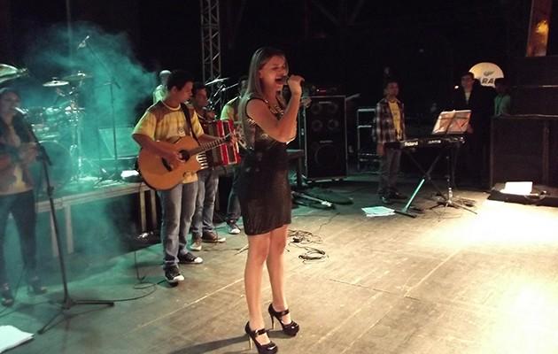 A música Felicidade, de Marleia Alencar foi uma das classificadas para a grande final do concurso.  (Foto: Angra Nascimento/ Imirante Imperatriz)