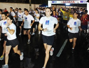 Corrida Noturna - etapa São Paulo - Corrida da Caixa 2011 (Foto: Sérgio Shibuya/MBraga Comunicação)