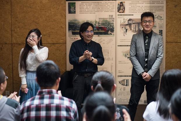 Universidade na China tem aula sobre relacionamentos amorosos.  (Foto: Fred Dufour/AFP)