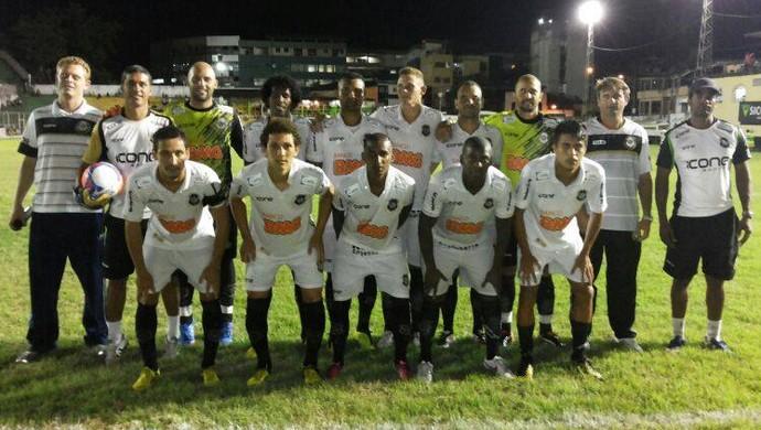 Rio Branco colocou água no chope dos sulinos, com a vitória por 1 a 0 sobre o Estrela (Foto: Deysiane Gagno/Rio Branco AC)