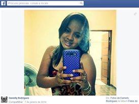 Danilelly Rodrigues, umas das vítimas do estupro coletivo, que morreu no domingo. (Foto: Reprodução/Facebook)
