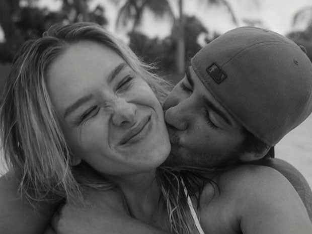 Fiorella Mattheis posa com Alexandre Pato (Foto: Instagram/ Reprodução)