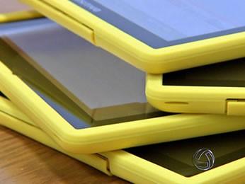 Detalhe dos tablets roubados nesta quarta; rombo passa de R$ 1,1 milhão (Foto: Reprodução/TVCA)