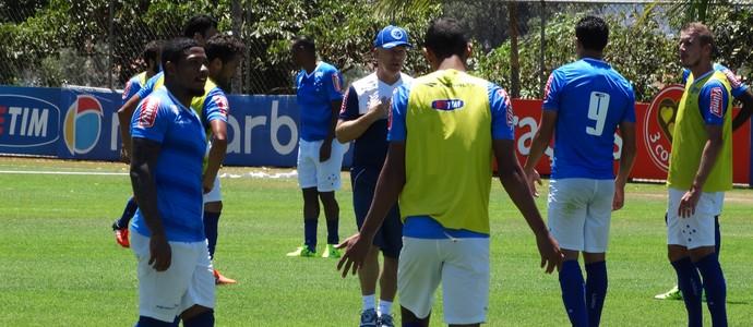 Mano Menezes comanda coletivo no Cruzeiro (Foto: Rafael Araújo)
