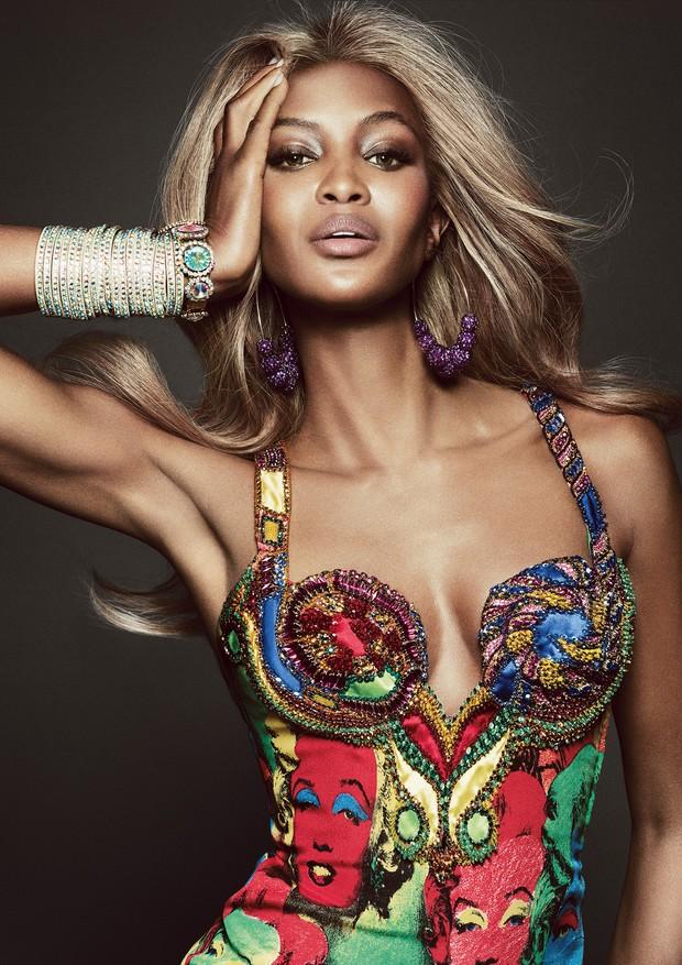 Naomi Campbell para a Vogue Brasil (Foto: Tom Munro/Arquivo Vogue)