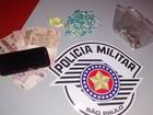 Polícia apreende jovem com porções de crack, maconha e cocaína
