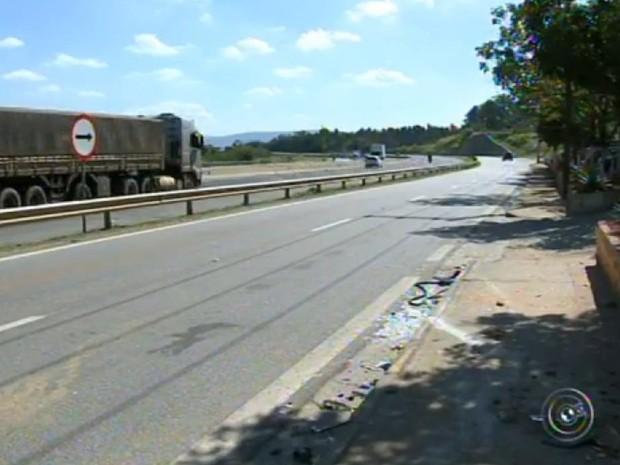 Jovem morreu após troca de tiros na Raposo Tavares (Foto: Reprodução/TV TEM)