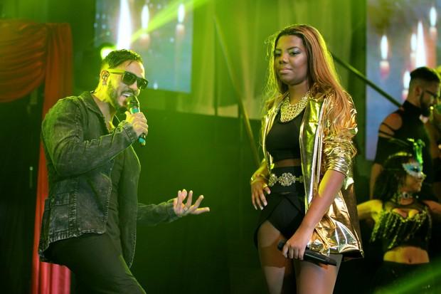 Belo e MC Ludmilla em show no Rio (Foto: Alex Palarea e Felipe Assumpção/AgNews)