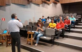 Representantes de escolas da capital participam de congresso técnico