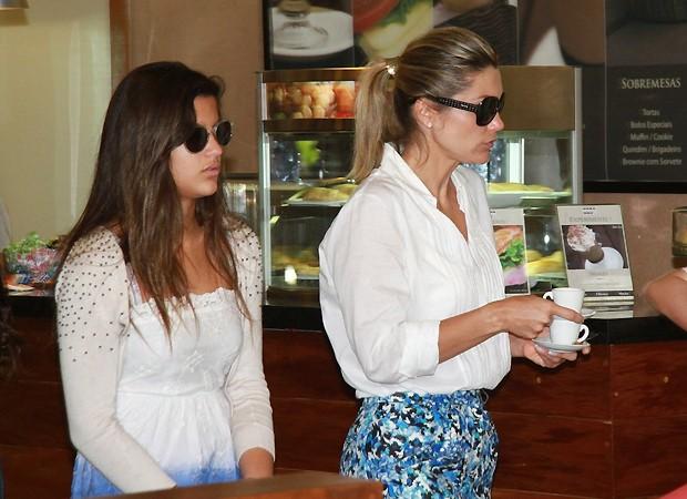 Giulia e Flávia (Foto: Ag News)