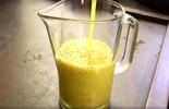 Aprenda a fazer um suco energizante de cambuci > saiba mais