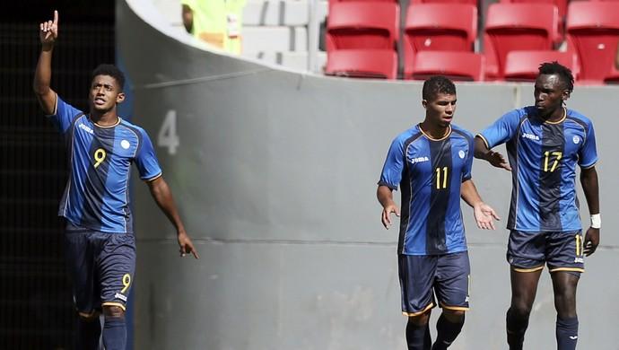 Lozano comemora o gol de Honduras, que eliminou a Argentina (Foto: Ueslei Marcelino / Reuters)