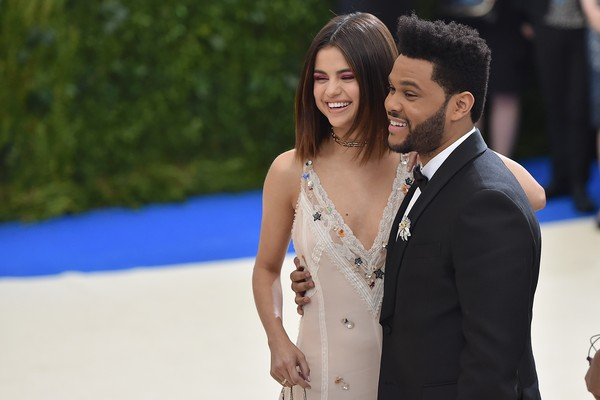 Selena Gomez e The Weeknd (Foto: Getty Images)