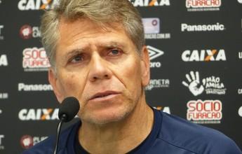 """Autuori dispara contra """"nível fraco"""" do Brasileiro e usa exemplo do Atlético-PR"""