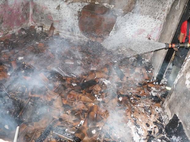 Homem é encontradpo carbonizado em casa incendiada em Mossoró (Foto: Polícia)
