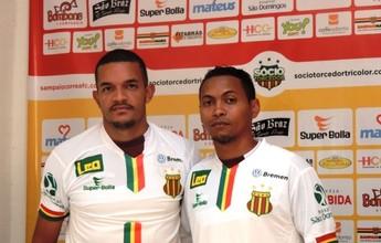 Esperando treinador, Sampaio apresenta Jheimy e Alex Maranhão