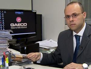 Marcelo Arsênio, promotor do Grupo de Atuaçnao Especial de Combate ao Crime Organizado (Foto: Reprodução SporTV)