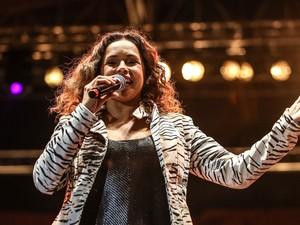 SÁBADO (18) - Daniela Mercury abre as apresentações no Palco Júlio Prestes (Foto: Raul Zito/G1)