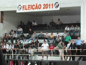 Torcedores Vasco Eleições (Foto: Rafael Cavalieri / Globoesporte.com)