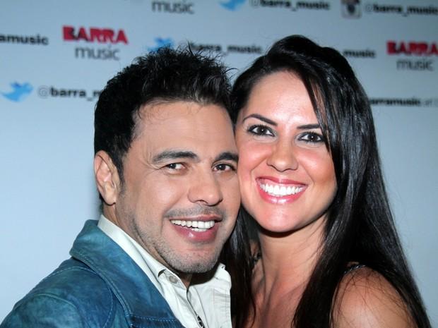 Graciele Lacerda do namorado, Zezé Di Camargo, em show no Rio (Foto: Graça Paes/ Foto Rio News)