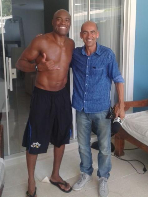 Anderson Silva com Régis Rösing (Foto: Divulgação)