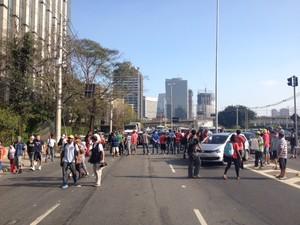 Manifestação na Marginal Pinheiros (Foto: Roney Domingos/G1)