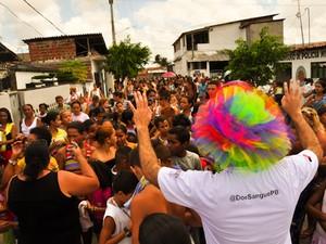Grupo também pensa em ações voltadas para as crianças e já distribuiu mais de dois mil brinquedos (Foto: Arquivo Pessoal/Thiago Gonçalo)