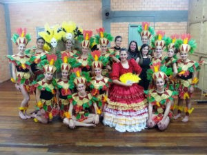 Grupo de Ermo participa do Festival de Dança (Foto: Fernando José da Silva/RBS TV)